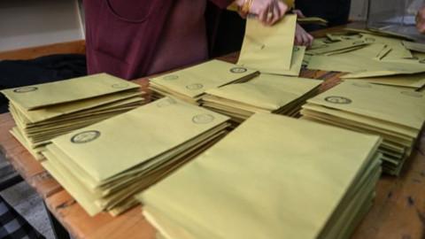 Maltepe'de oy sayım işlemi yeniden başladı