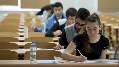 Üniversite sınavlarında değişiklik olacak mı? YÖK Başkanı Saraç yanıtladı!