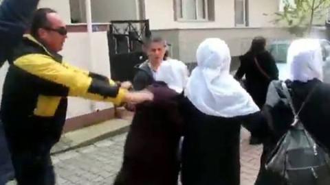 Gebze'de polis eylem yapan ailelere müdahale etti