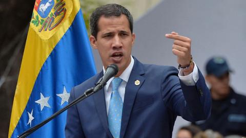 Guaido'dan muhaliflere çağrı: 1 Mayıs'ta sokağa çıkın