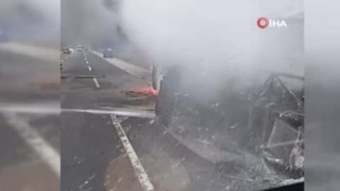 Mersin'de yolcu otobüsü yandı