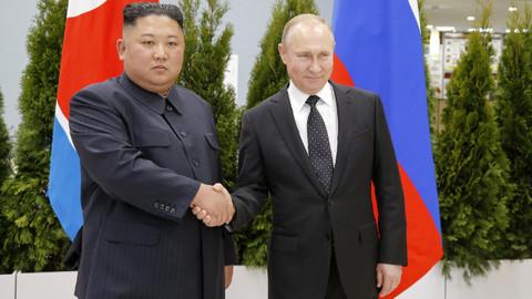 Putin ile Kim Jong Un bir araya geldi!