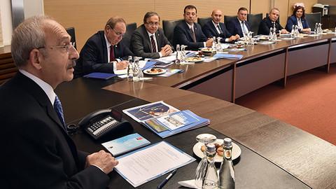 Kılıçdaroğlu, CHP'li 11 büyükşehir belediye başkanı ile görüştü