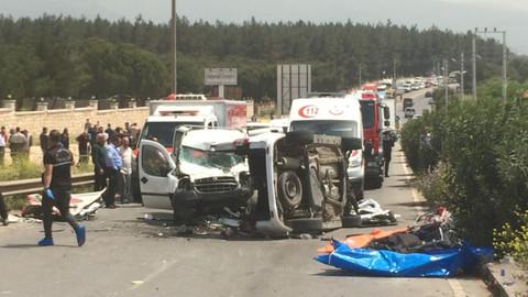 Kazada 7 kişinin öldüğü, 1 kişinin yaralandığı öğrenildi