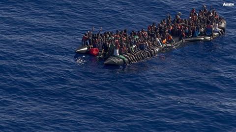 Akdeniz'de gemi battı: 50 kişi hayatını kaybetti