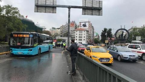 Ankara'da halk otobüsü kaza yaptı