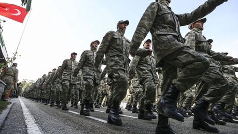 Yeni askerlik düzenlemesi bayram sonrasına kaldı