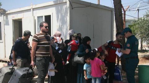 6 bin 500 Suriyeli Türkiye'ye döndü