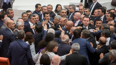 CHP'li ve MHP'li vekiller kavga etti