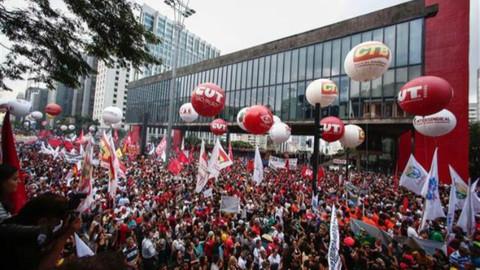 Brezilya'da emeklilik yaşı 65'e yükseliyor