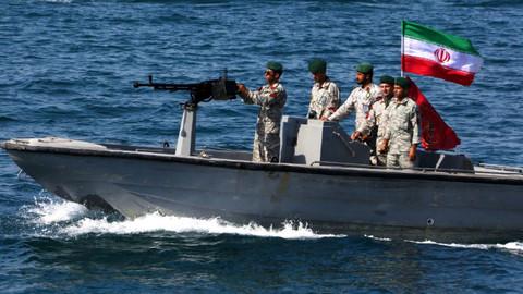 İran Basra Körfezi'nde bir tankere daha el koydu