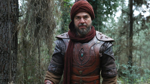 Engin Altan Düzyatan'ın yeni dizisinden ilk fotoğraf geldi