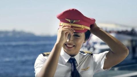 kadın pilot Bilge Derin meme kanserini yendi
