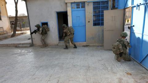 Tel Abyad'da boşaltılan hapishaneden ilk görüntüler!