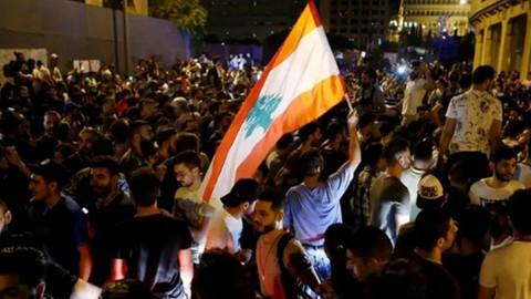 Lübnan'daki gösterilerde Erdoğan sloganları