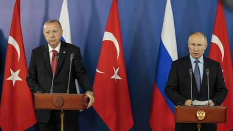 Cumhurbaşkanı Erdoğan, Soçi'de Rusya lideri Putin'le basın toplantısı düzenledi
