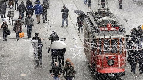 Kasım aynında İstanbul'a kar geliyor