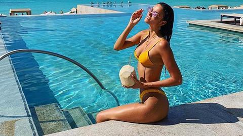 Brezilyalı model Sofia Resing durdurulamıyor