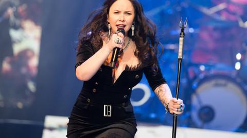 Şebnem Ferah Harbiye'nin kapanış konserinde kadına taciz konusuna dikkat çekti