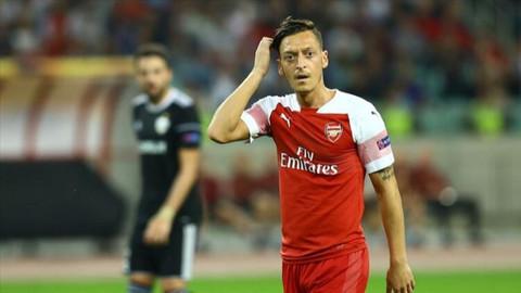 Mesut Özil'e saldıran kişiye 10 yıl hapis cezası verildi