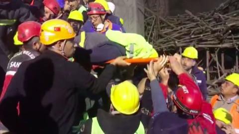 Enkazdan yaralı çıkarılan mühendis kurtarılamadı