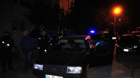 Alkollü sürücünün aracında silah çıktı