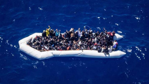 İzmir'de 142 düzensiz göçmen yakalandı