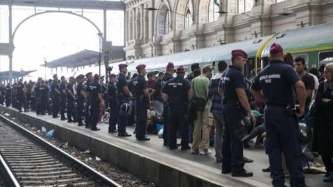 AİHM'den Macaristan'a düzensiz göçmen cezası