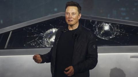 Tesla Cybertruck tanıtımında Musk'ın zor anları!