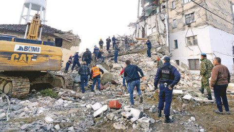 Arnavutluk'ta 26 kişi öldü, 600'ün üzerinde yaralı var