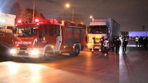 Sancaktepe'de TIR'ın çarptığı yaya öldü