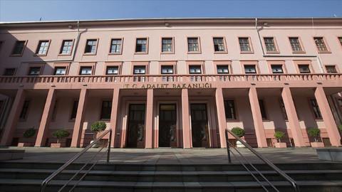 Adalet Bakanlığı'ndan darbe davaları açıklaması: 289 darbe davasından 271'inde karar çıktı