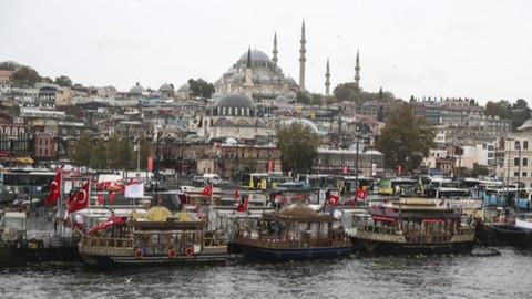 Eminönü'ndeki tarihi balıkçılar için yeni karar