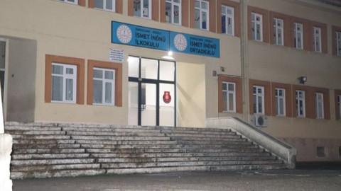 Okul kantininde 18 öğrenci zehirlendi