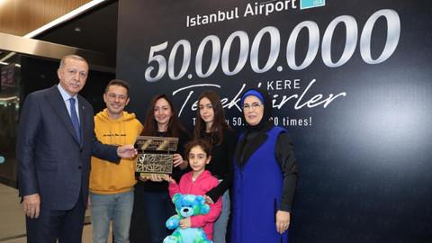 Cumhurbaşkanı Erdoğan hediyeleri verdi