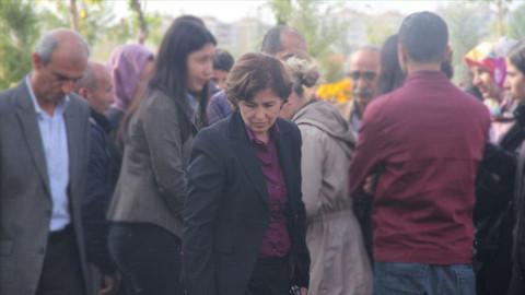 HDP'li Belediye Başkanı Filiz Buluttekin tutuklandı