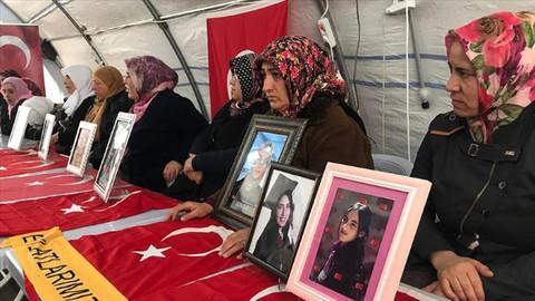 Diyarbakır anneleri evlat nöbetinde