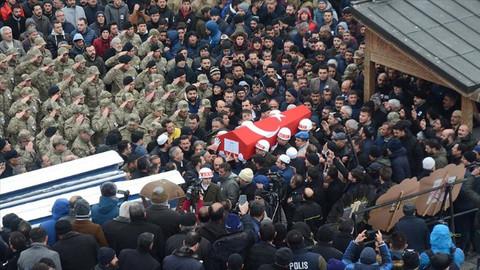 Şehit Rahmi Kaya'nın cenazesi Erzurum'da toprağa verildi