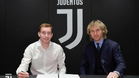 Juventus, 19'luk Dejan Kulusevski'yi transfer etti!