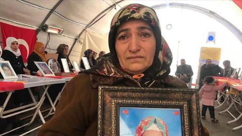 Diyarbakır annelerinden Akkuş: Ömrüm yettiği kadar beklemeye devam edeceğim