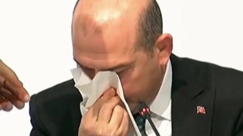 Süleyman Soylu'nun canlı yayında burnu kanadı