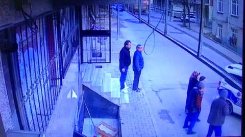 Arnavutköy'de rastgele ateş ederek ilerledi...