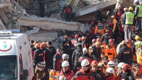 Fuat Oktay: Şu an için hayatını kaybeden vatandaşlarımızın sayısı 35'tir