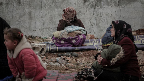 İdlib'de göç devam ediyor