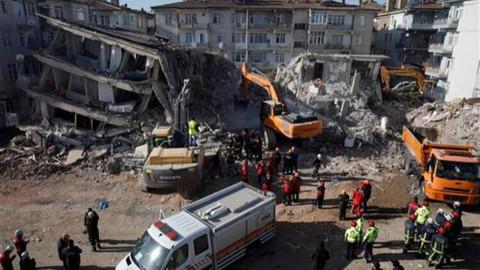 Depremde yıkılan binalara soruşturma