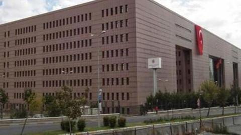 Cinsel tacizle suçlanan avukata suç duyurusu