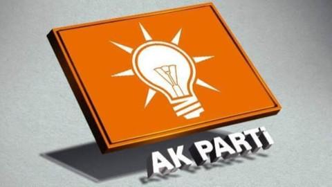 AK Parti'den Türk bayrağının yakılmasına tepki: Bayrağımızın yakılmasını lanetliyoruz