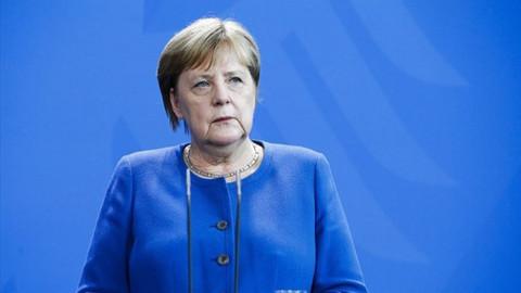 Angela Merkel: Olayın arka planını ortaya çıkarmak için her şey yapılacak