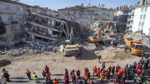 Deprem bölgesinde göreve tazminat!