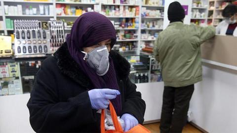 Azerbaycan'da koronavirüsten eğitime ara